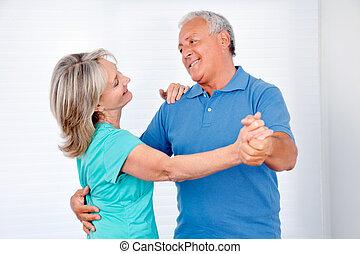 couple, heureux, danse
