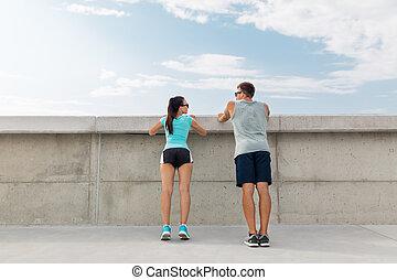 couple, heureux, exercisme, dehors