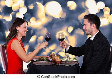 couple, heureux, restaurant
