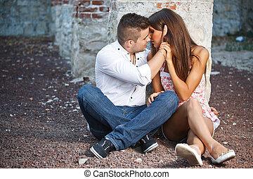 couple, jeune, baisers