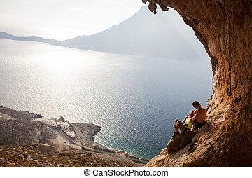 couple, jeune, repos, grimpeurs, rocher, avoir