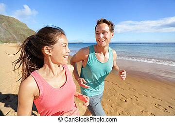 couple, jogging, jeune, conversation, courant, plage