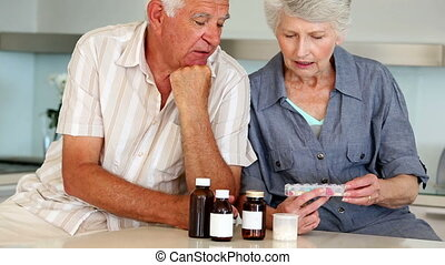 couple, leur, organiser, medi, personne agee