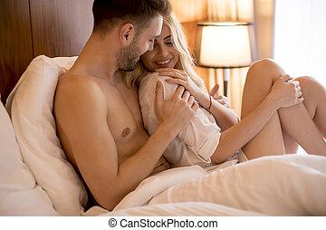 couple, lit, aimer