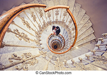 couple, mariés, juste, escalier, spirale
