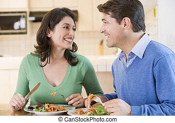 couple, mealtime, ensemble, apprécier, repas