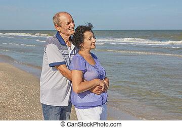 couple, mer, personnes agées