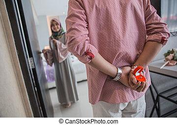 couple muslim woman proposal