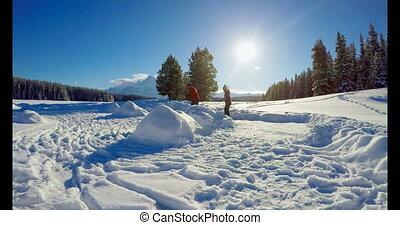 couple, neigeux, paysage, 4k, patinage