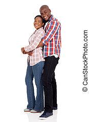 couple, noir, jeune, étreindre