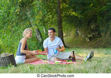 couple on a nice picnic