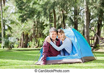 couple, parc, camping, heureux
