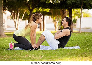 couple, parc, exercisme, ensemble