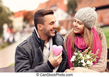 couple, parc, jour, valentine