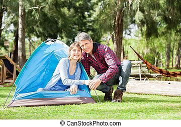 couple, parc, romantique, camping