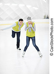 couple, patinoire, glace, heureux