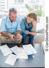 couple, payant, divan, leur, séance, age moyen, factures