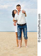 couple, plage, jeune, séduisant