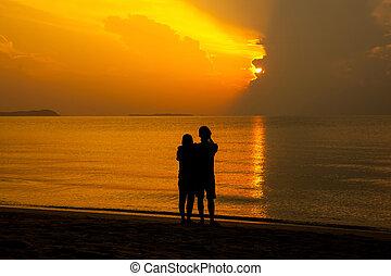 couple, plage, levers de soleil, amant