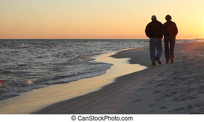 couple, plage, mûrir, promenade