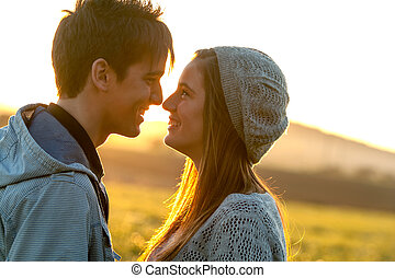 couple, projection, romantique, affection, sunset.