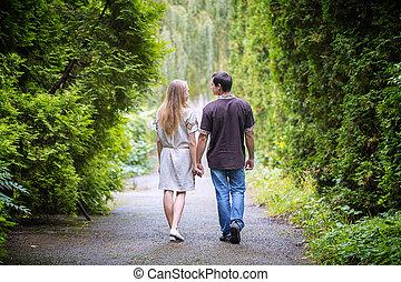 couple, promenade, parc, main