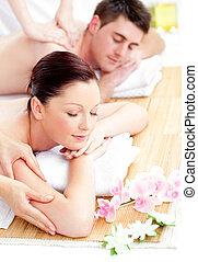 couple, réception, espèce, massage dorsal, jeune