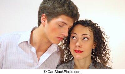 couple, regarder, autre, rire, fond, chaque, sourire, blanc