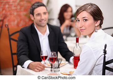 couple, repas, avoir, restaurant