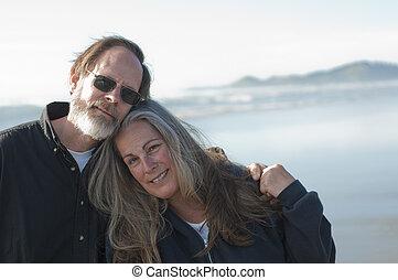 couple retiré, plage
