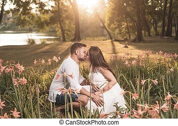 couple, romantique, jardin