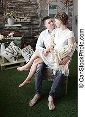 couple, room., heureux, portrait, vivant, nouveau