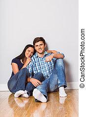 couple, séance, jeune, plancher