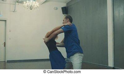 couple, salle, danse
