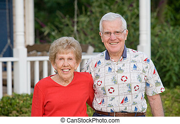 couple, sourire, personnes agées