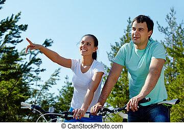 couple, sur, bicycles