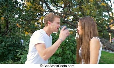 couple, swear., jeune, quarrel., girl, type
