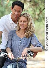 couple, vélo