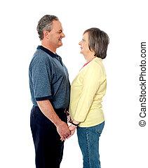 couple, vieilli, amour, tenant mains