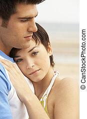 coupler embrasser, plage, romantique, jeune