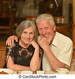 couples aînés, avoir