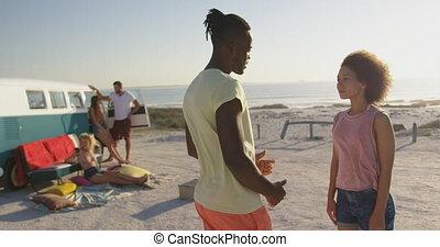 couples adulte, plage, 4k, jeune