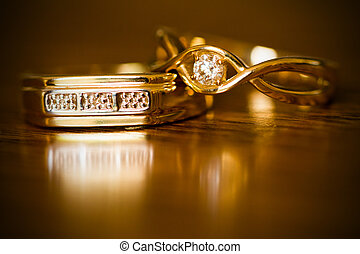 Couples Diamond and gold rings