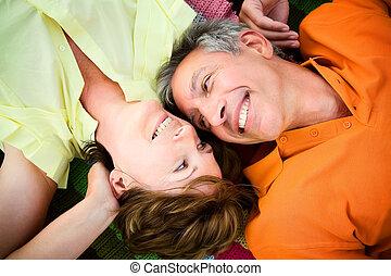 couples mûrs, amoureux