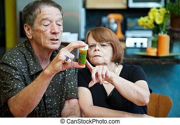 couples maison, à, médicament