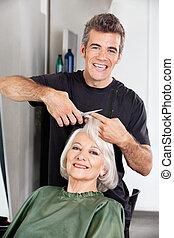 coupure cheveux, salon, client's, coiffeur