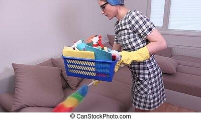 coupure, sofa, femme, nettoyage, prendre