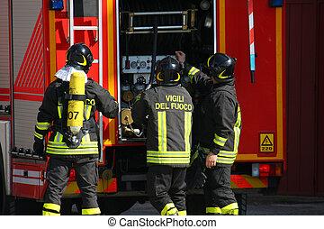 courageux, réservoir, oxygène, foyer tir, pompiers, tenu, pendant, éteindre, exercice