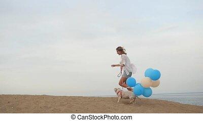 courant, girl, ballons, chien, ensemble