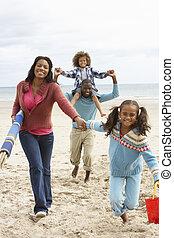 courant, plage, famille, heureux